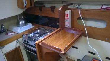 Bigger folding shelf and cut away beside cooker